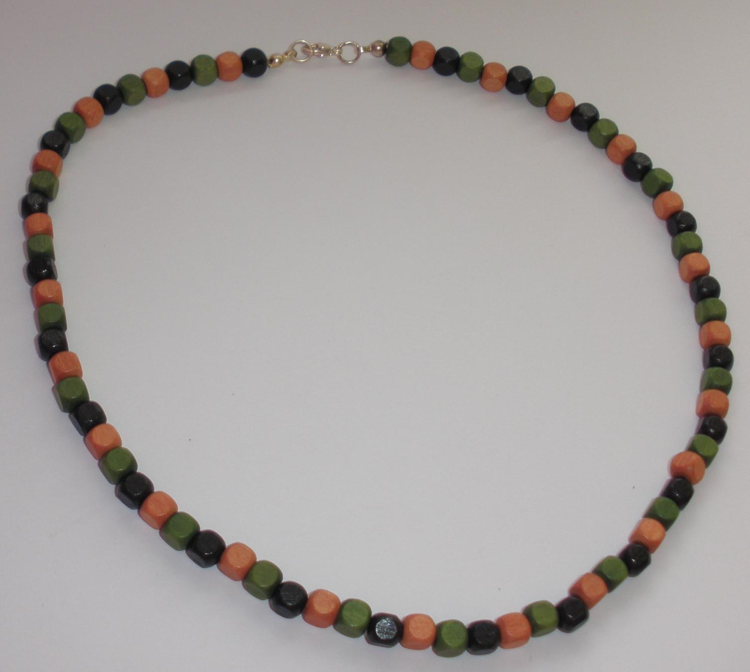 Pánský náhrdelník z dřevěných korálků hnědo-zeleno-černý (P15 ... a511fcb9a73